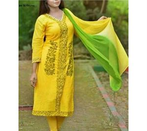 Picture of Block Printed Salwar Kamiz - 016